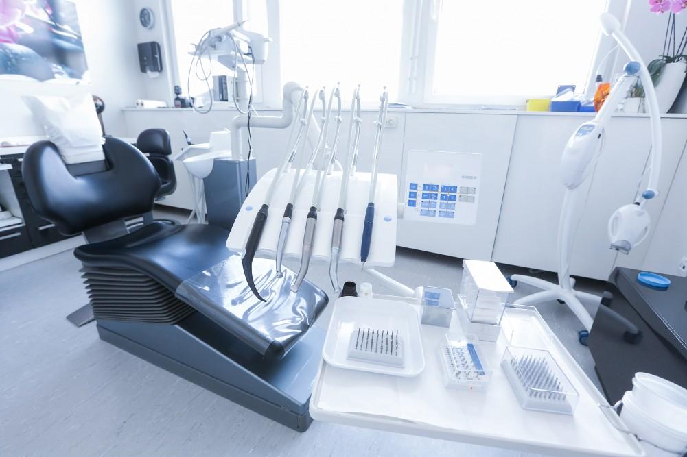 Asepsie la lutte aux microbes chez le dentiste b cco - Salle de l esprit et du temps ...
