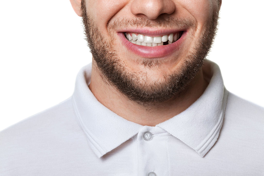 how to get plaque off the back of your teeth